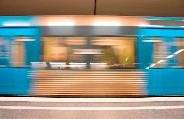 tren en marcha