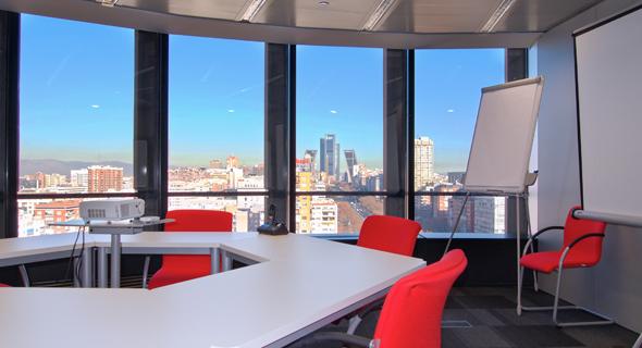 sala-de-reuniones-vistas-busining-torre-europa-business-center-sm